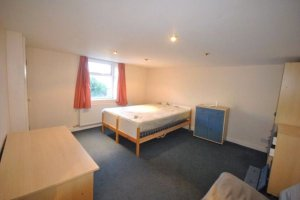 Huddersfield University Accomodation